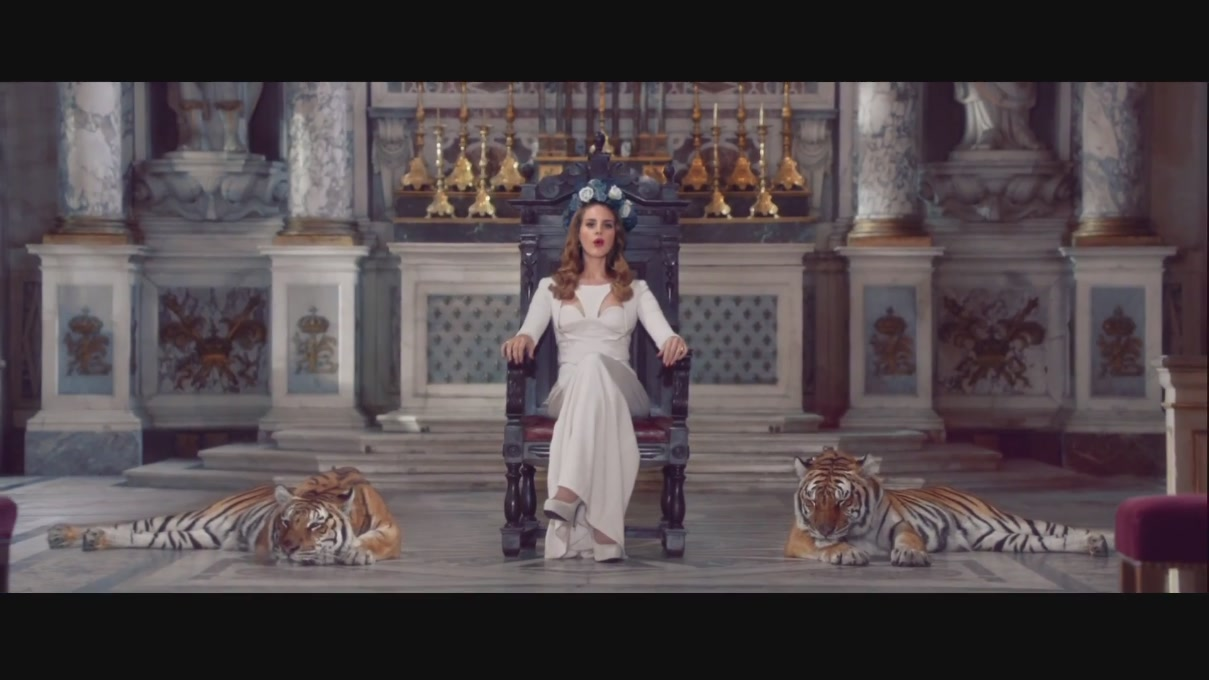 "Lana Del Rey – ""Born To Die"" 